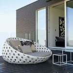 Unique Lazy Boy Outdoor Furniture On Modern Backyard Design
