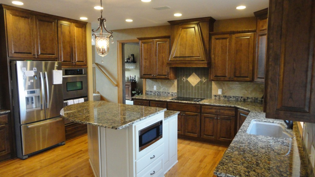 painting stained kitchen cabinets bee home plan home