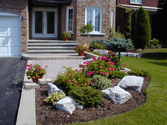 Landscape Ideas For Sloped Front Yard That Are Totally Simple