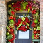 Tips To Decorate Your Front Door For Christmas 2