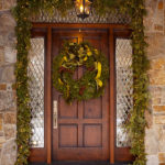 Tips To Decorate Your Front Door For Christmas 4