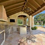 Outdoor Kitchen Roof Design 5